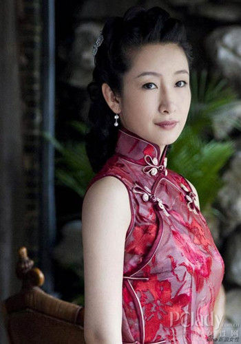 中式婚礼新娘发型 不一样的唯美温婉