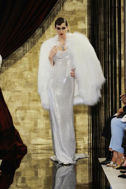 Lady Gaga婚纱大猜想