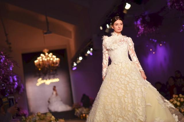 2016 JANGJISOO婚纱礼服高级定制发布会