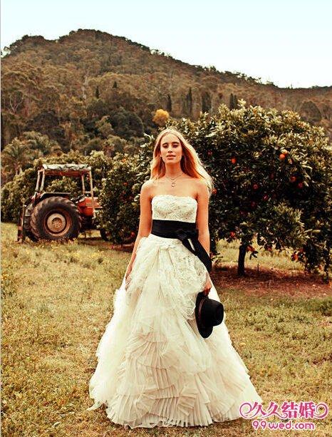 清新田园系婚纱 带你走进伊甸园